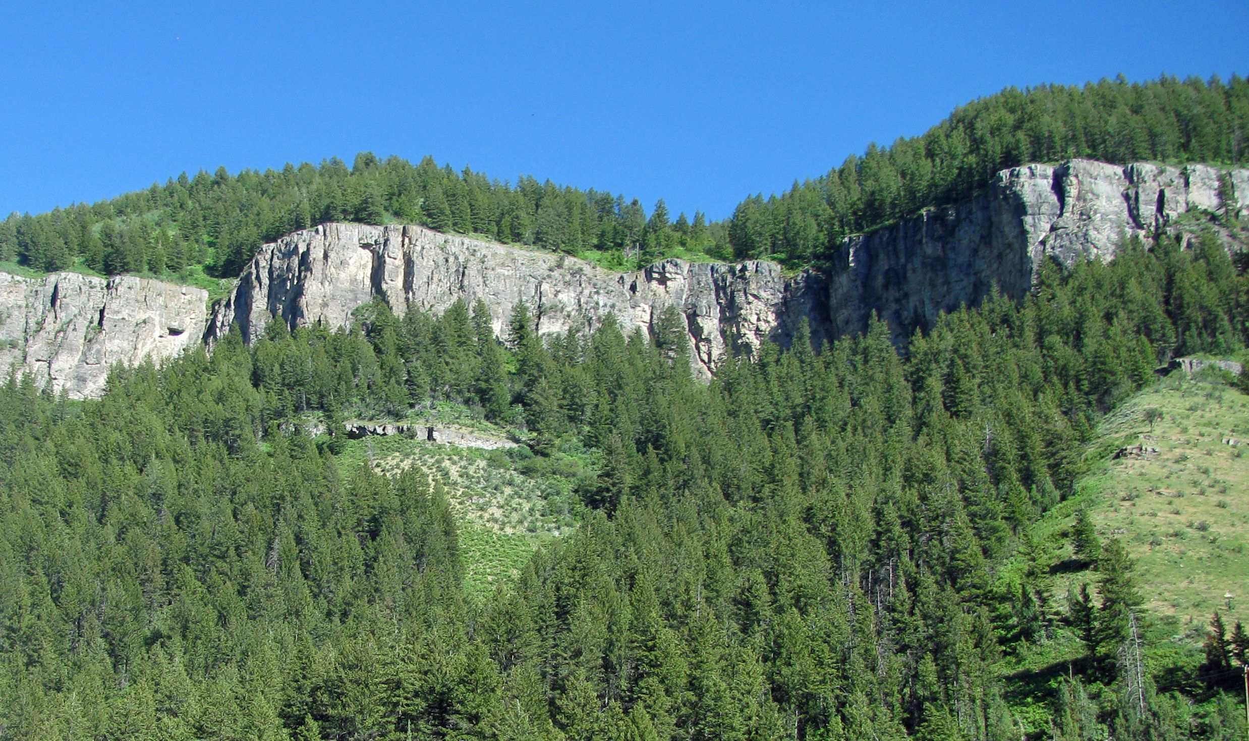 Logan Canyon, Lodgepole Limestone Formation makes up the major cliff